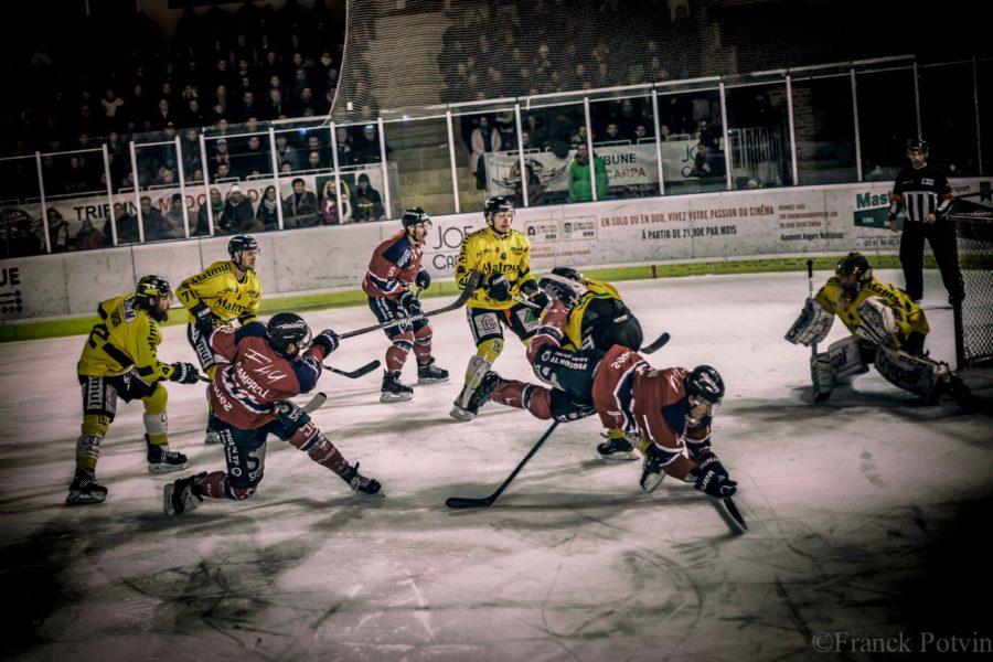 [PLAYOFFS 1/4 – MATCH 5] Défaits à Rouen (3-2), Les Ducs cèdent la série (1-4) et sortent des playoffs